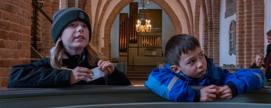 Børn i kirke
